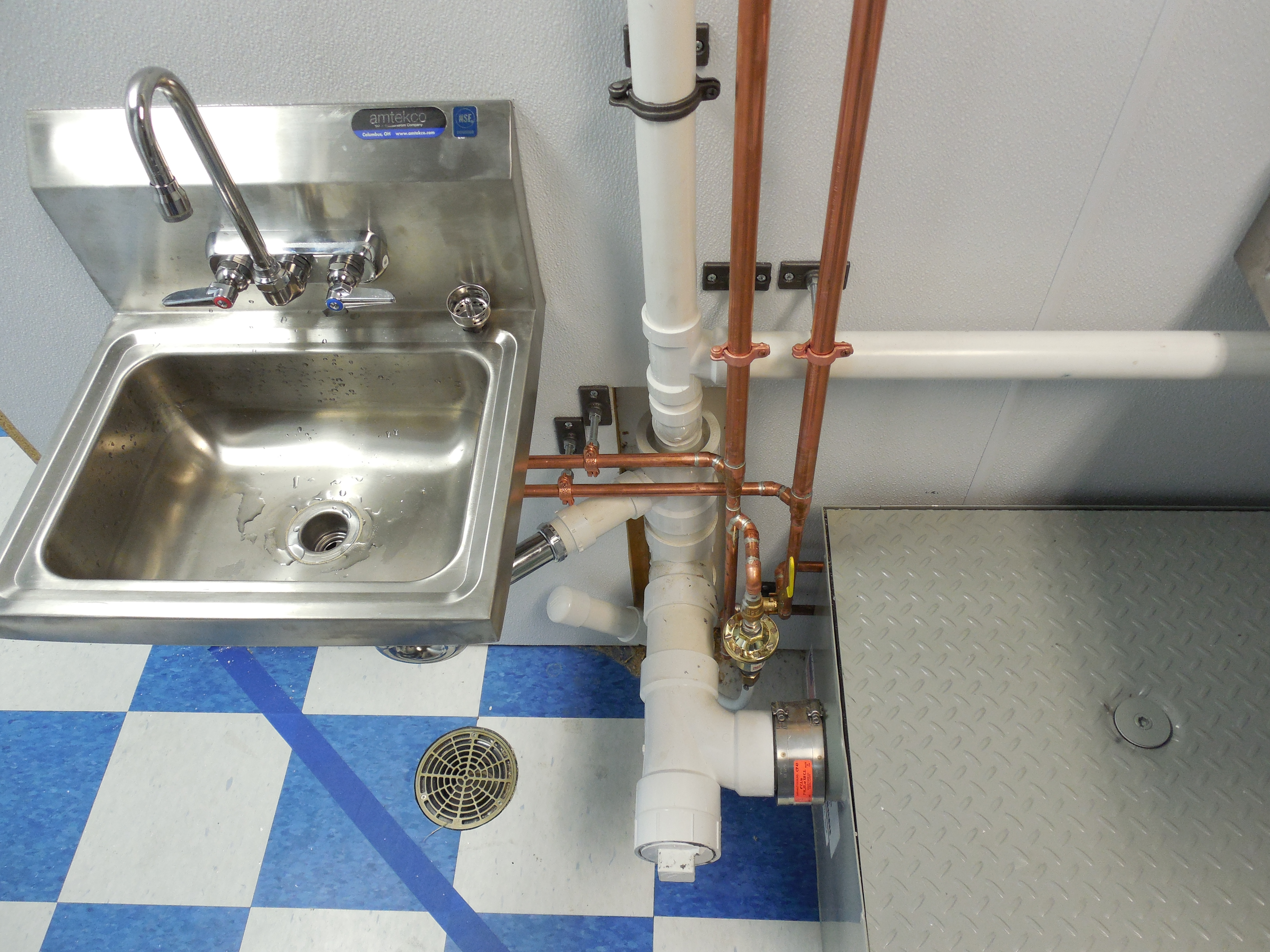 Sinks, Faucets, Toilets & Fixtures   Roger Storer Plumbing ...